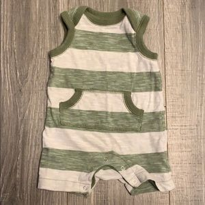 Old Navy Olive Green Stripe Outfit